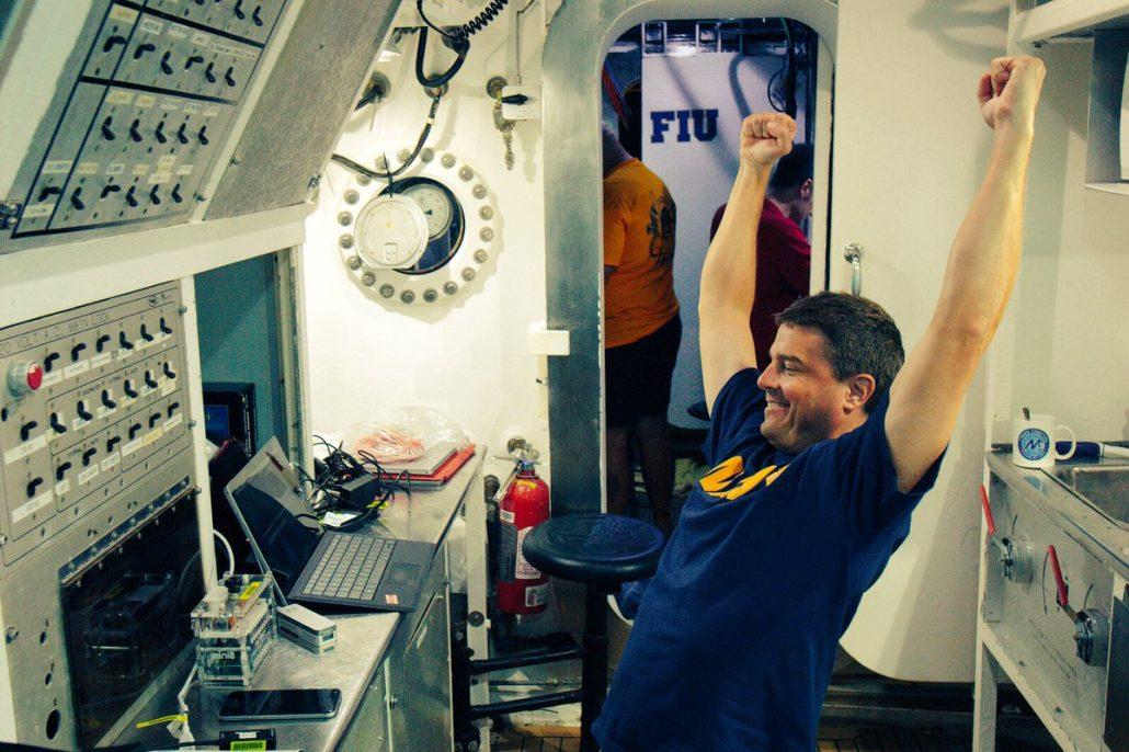 DNA sequencing success aboard NEEMO21 Astronaut Reid Wiseman/NASA)